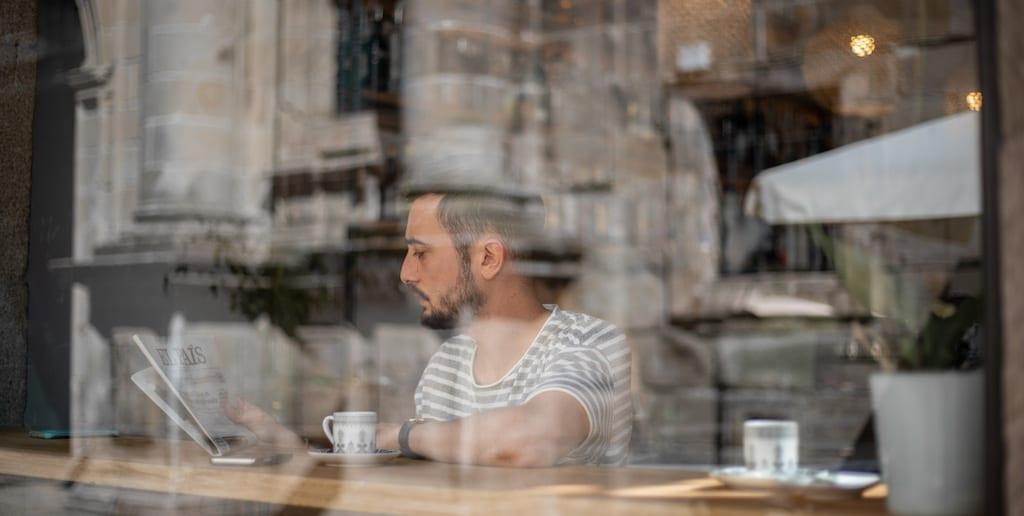 Los beneficios que no conocías en tener domótica en un bar